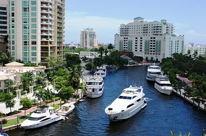 downtown fort lauderdale condominiums on the water
