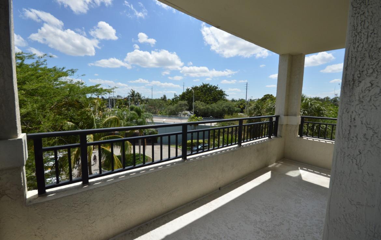 600 W Las Olas Blvd # 308 Fort Lauderdale, FL 33312