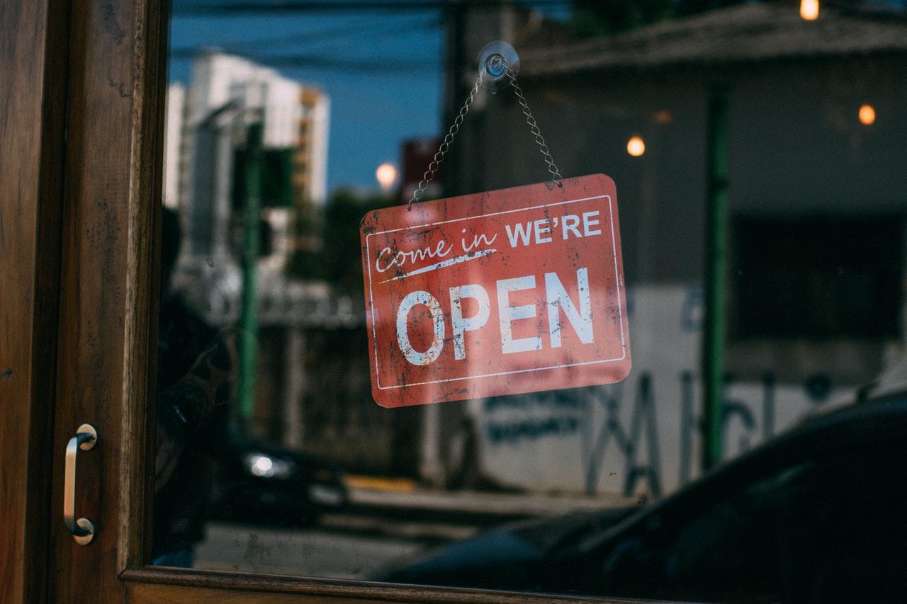 Go Local with Interior Design: A Shopper's Guide